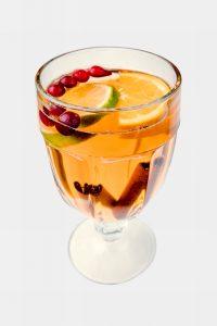 karstais-dzeriens-ar-kaneli