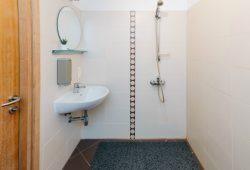 Numura vannas istaba
